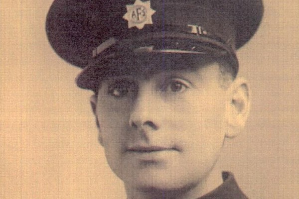 Recollections of Frank Cato – The Auxiliary Fire Service 1939-1941